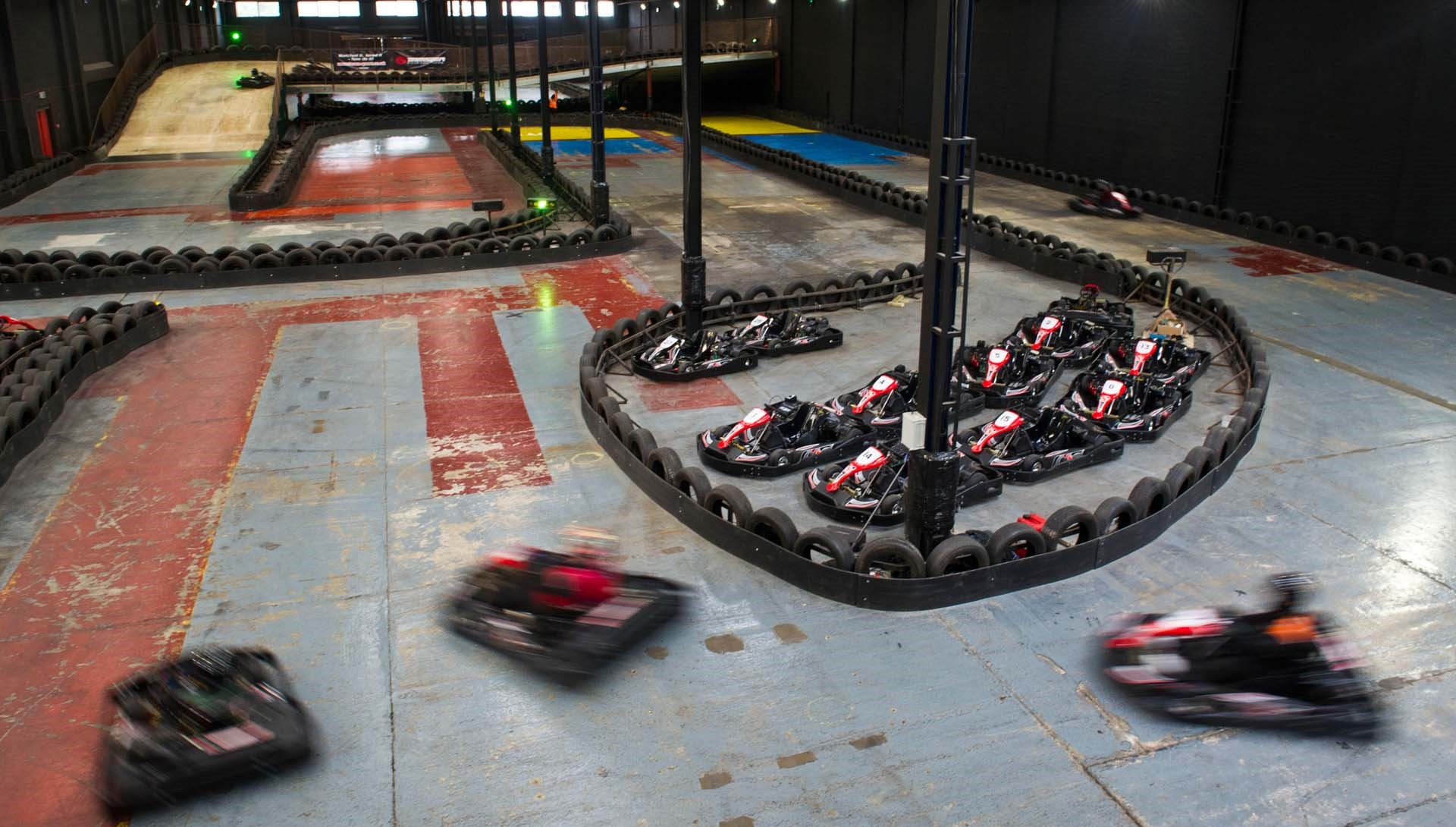 TeamSport_Gallery_Go_karting_Brighton_1920x1090-min_2.jpg