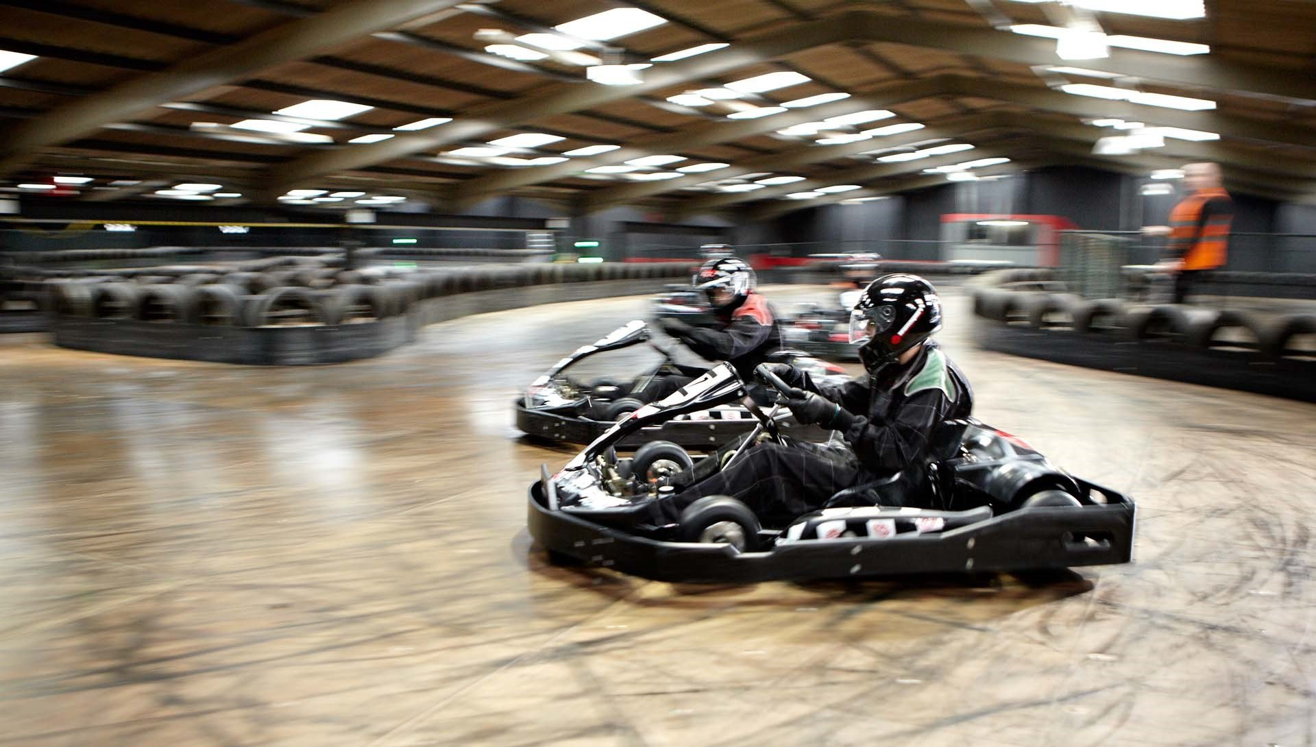 TeamSport_Gallery_Go_karting_Crawley_1920x1090-min_2.jpg