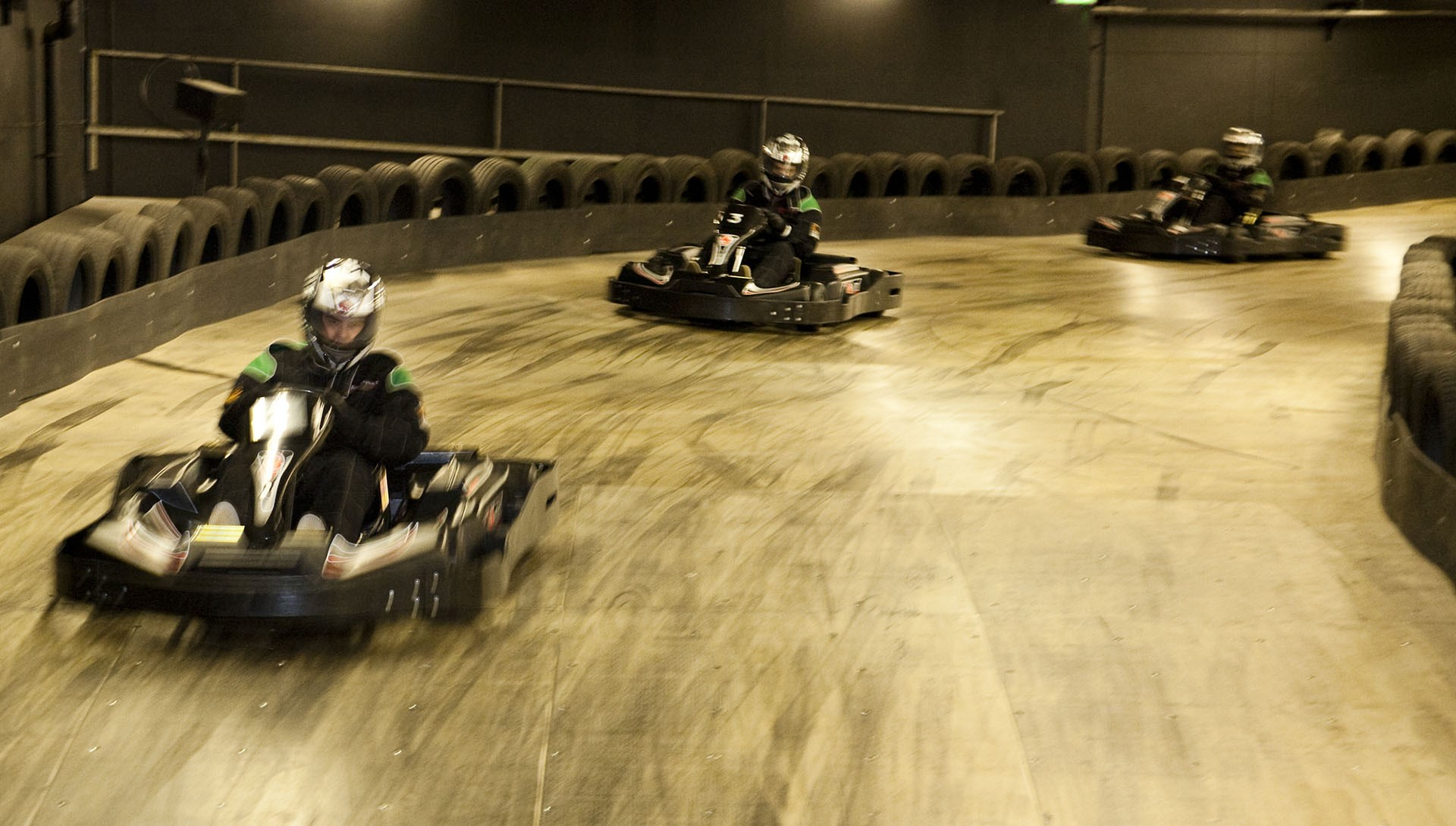 TeamSport_Gallery_Go_Karting_London_Tower_Bridge_1920x1090-min_3.jpg
